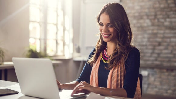 woman-looking-for-new-job-on-laptop